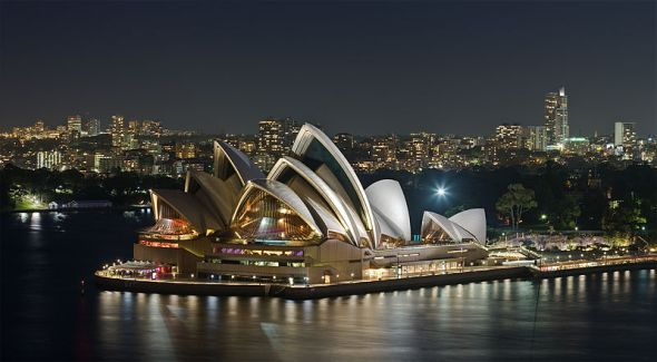 800px-Sydney_Opera_House_-_Dec_2008