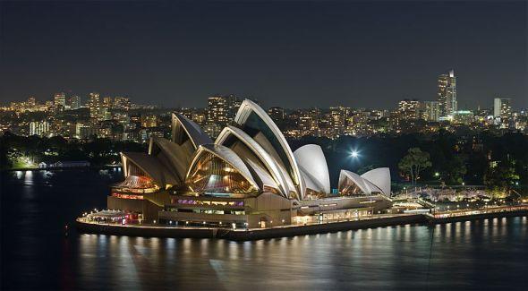 800px-Sydney_Opera_House_-_Dec_2008